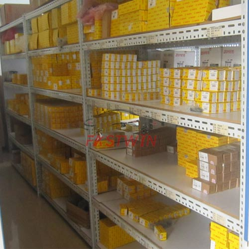 FASTWIN AUTO PARTS DISTRIBUTOR FOR CHINA AUTO CAR PARTS WAREHOUSE 2