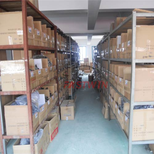 FASTWIN AUTO PARTS DISTRIBUTOR FOR CHINA AUTO CAR PARTS WAREHOUSE 5